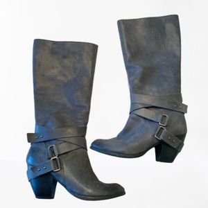 Fergie Legend Too Leather Gray Boots